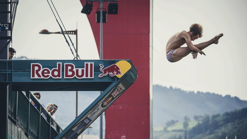gary-hunt-has-dominated-red-bull-cliff-diving